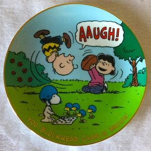 """Peanuts Mágical Moments"" decorative plate"